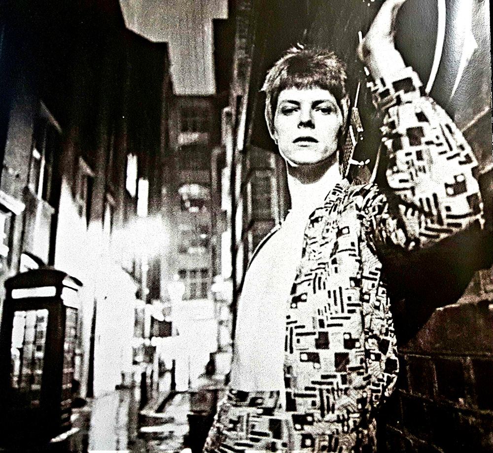David-Bowie---ziggy-album-inside